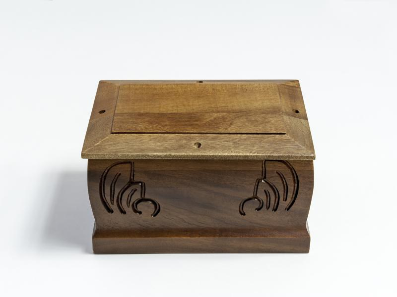 Wooden urn Exotic with engraving