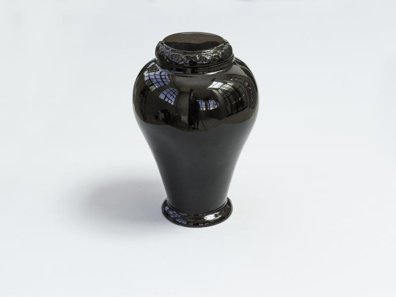 Ceramic urn - black, without cross