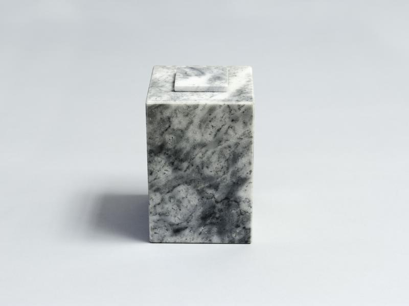 Urn marble, square